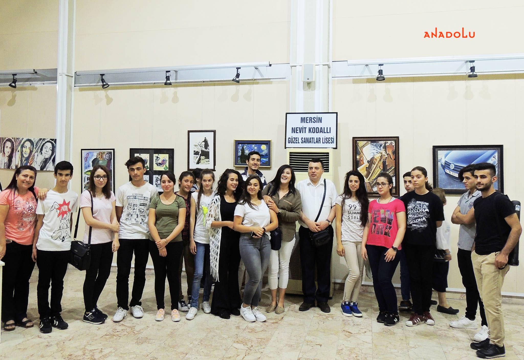 Anadolu Güzel Sanatlar Resim Sergilerden Konyada