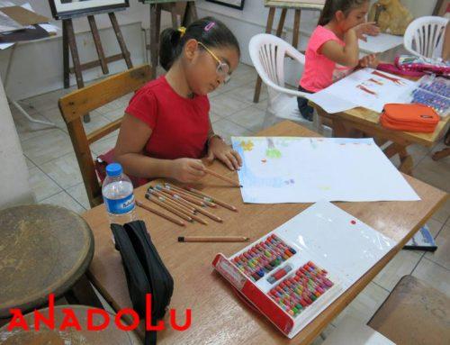 Konyadaki Çocuklar Karakalem Işık Çalışmaları