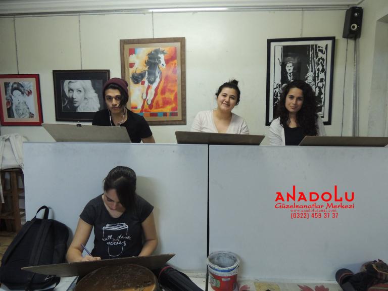 Anadolu Güzel Sanatlarda Karakalem Çizim Atölyesi Konyada