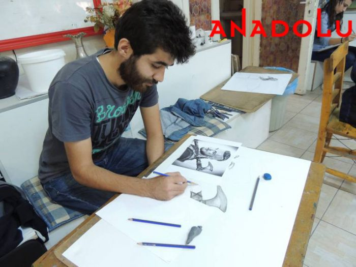 Hobi Karakalem Potre Çizim Dersleri Konyada